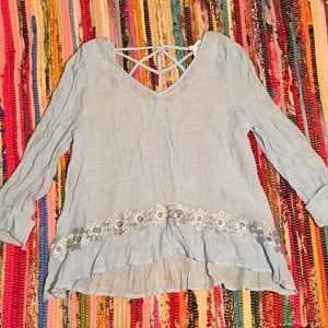 NWOT floral embroidered top